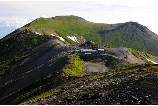 摩利支天山からの五の池、継子岳