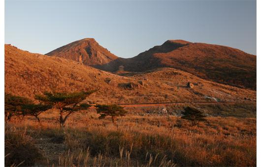 夕暮れの韓国岳