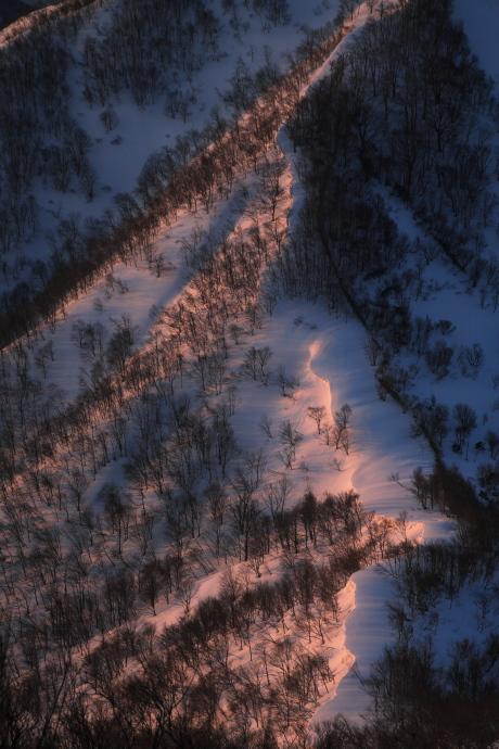 朝焼けの稜線