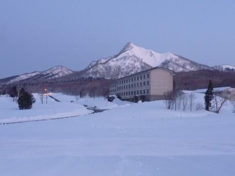 日の出前の烏ヶ山