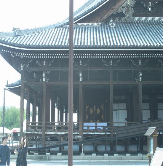 西本願寺阿弥陀堂軒支柱1