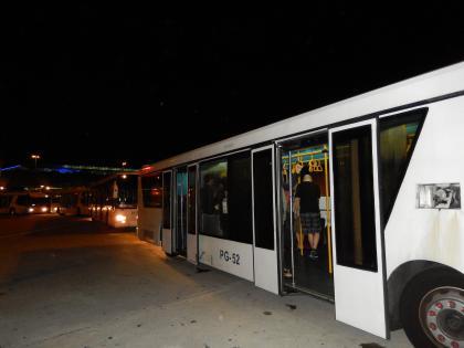 バンコク2013.5BKK構内バス