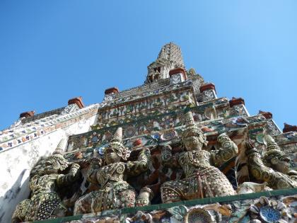 バンコク2013.5暁の寺大仏塔装飾