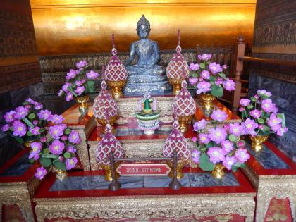 バンコク2013.5涅槃寺小仏像