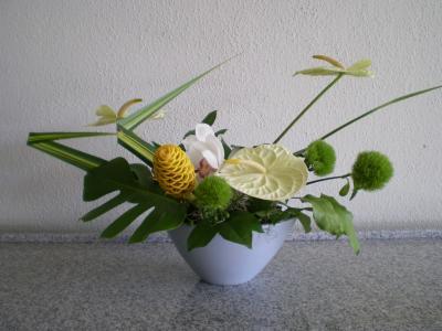 ハワイ2012.7ハレクラニ朝食館内フラワー①