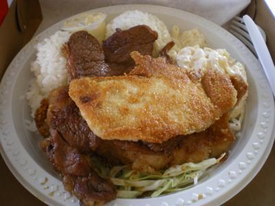 ハワイ2012.7・5日目散策(レインボードライブインプレートランチ)