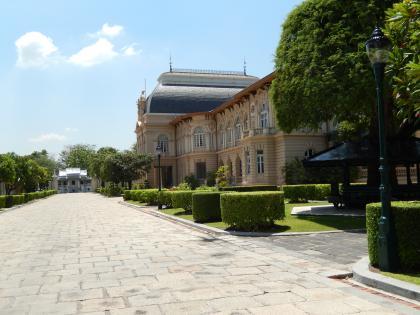 バンコク2013.5王宮ボロマビアン宮殿