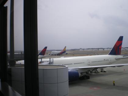 シンガポール2013.3デルタ航空622便成田到着