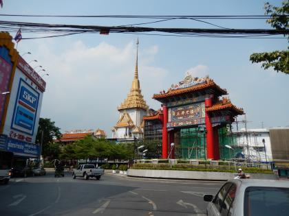 バンコク2013.5黄金仏寺院と中華街門