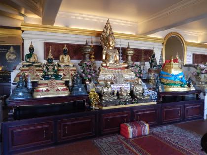 バンコク2013.5黄金の丘寺院丘頂上の仏像