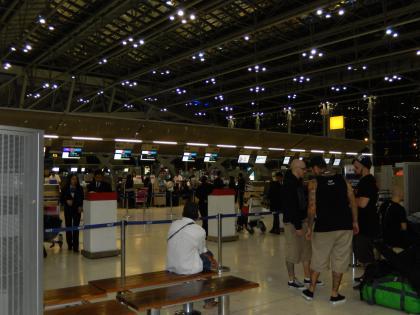 バンコク2013.5空港チェックインカウンター
