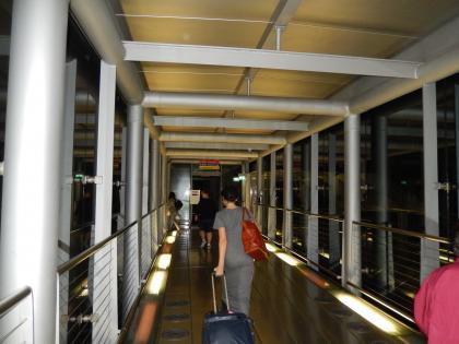 バンコク2013.5空港搭乗ブリッジ