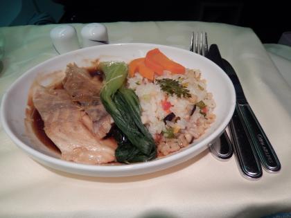 ハワイ2013.7チャイナエアビジネス機内食メイン