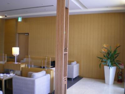 台湾2012.8中華航空ラウンジ③