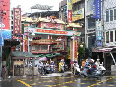 台湾2012.8府中駅前