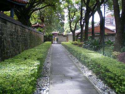台湾2012.8林家庭園導入路