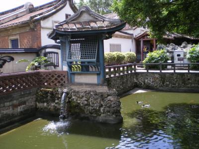 台湾2012.8林家庭園:大池吐水