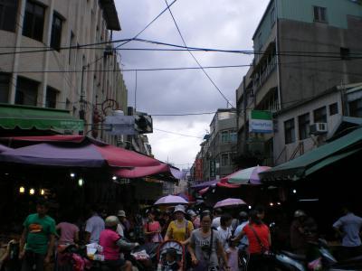 台湾2012.8府中文昌街