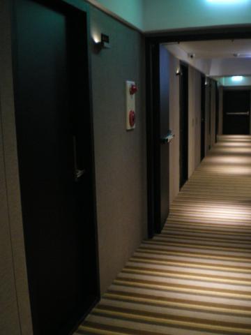台湾2012.8ホテル客室前廊下