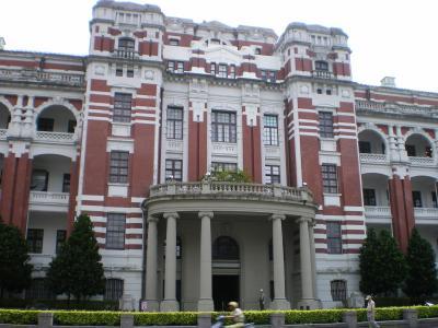 台湾2012.8総統府裏玄関