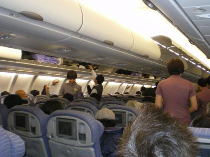 香港2012.12中華航空機内