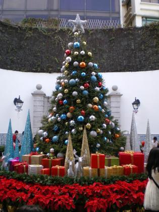 香港2012.12マカオ民生総署クリスマスツリー