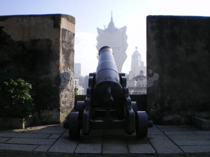 香港2012.12マカオモンテ砦大砲