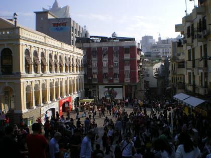 香港2012.12マカオ聖ポール天主堂前イエズス会広場