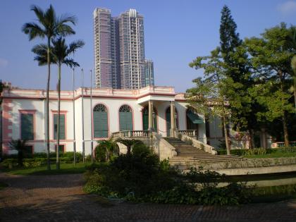 香港2012.12マカオ東方基金会建物