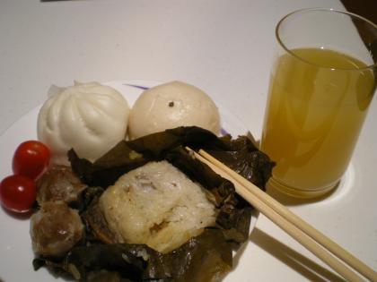 香港2012.12香港空港チャイナエアラインラウンジ軽食