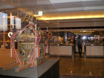 シンガポール2013.1成田ユナイテッド航空ラウンジ内部2