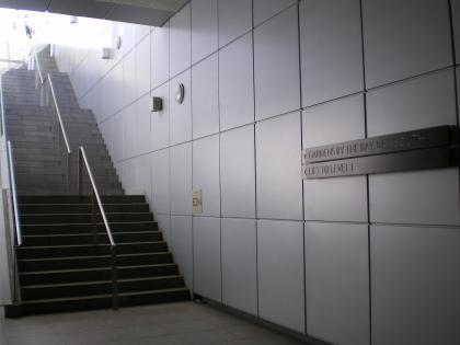 シンガポール2013.1マリーナベイ駅階段
