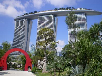 シンガポール2013.1マリーナベイサンズとゲート