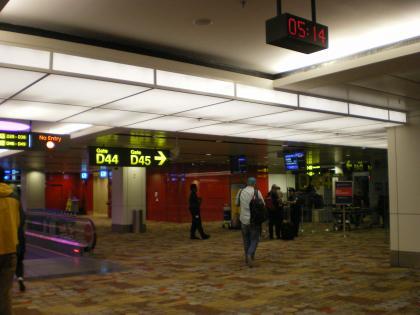 シンガポール2013.1チャンギ空港デルタ航空搭乗口