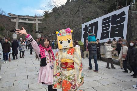 伊奈波神社で初詣