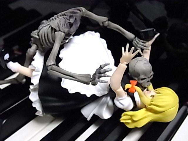 鍵盤上のマリサ 029