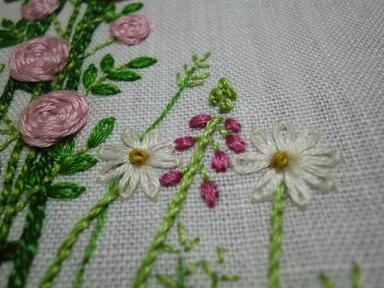 薔薇の刺繍3