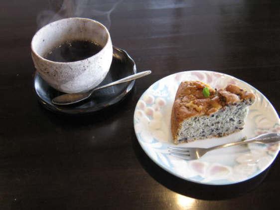 キンタコーヒーとケーキセット100327