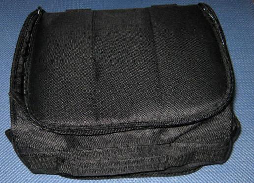 ポータブルDVD鞄