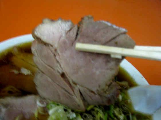 東華飯店チャーシュー麺101002c
