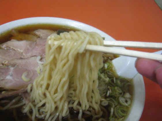東華飯店チャーシュー麺101002b