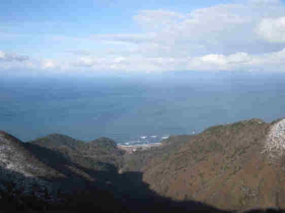 弥彦山頂110102a