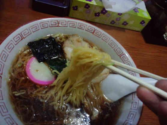 まるご食堂ラーメン110226b