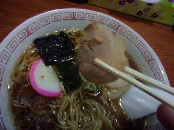まるご食堂ラーメン110226c