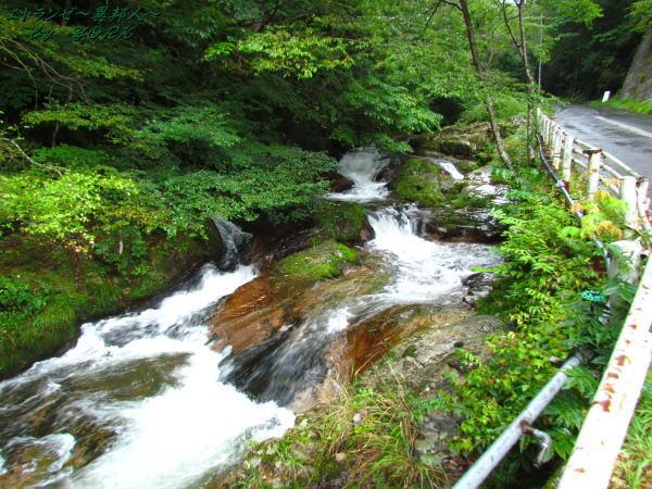 3593蕨原谷の滝140906