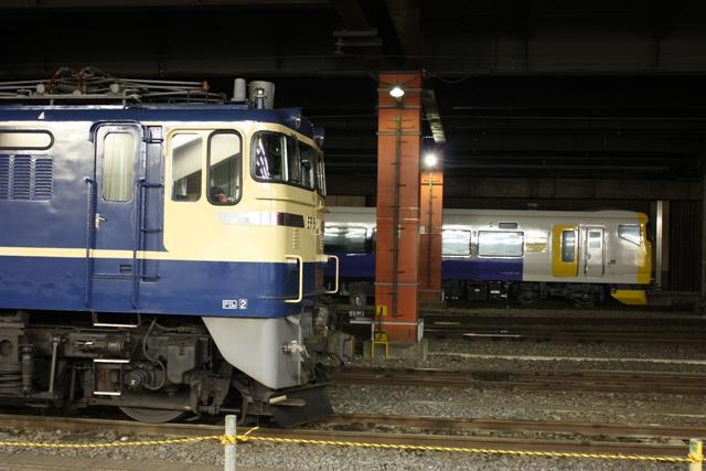 EF65-501 E257系