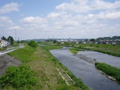 近所の川!