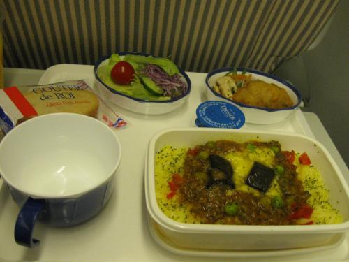 JAL機内食。ちなみに私はANA派。