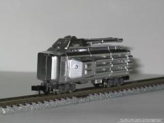 銀に輝く戦闘車両
