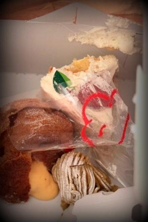 崩れたケーキ